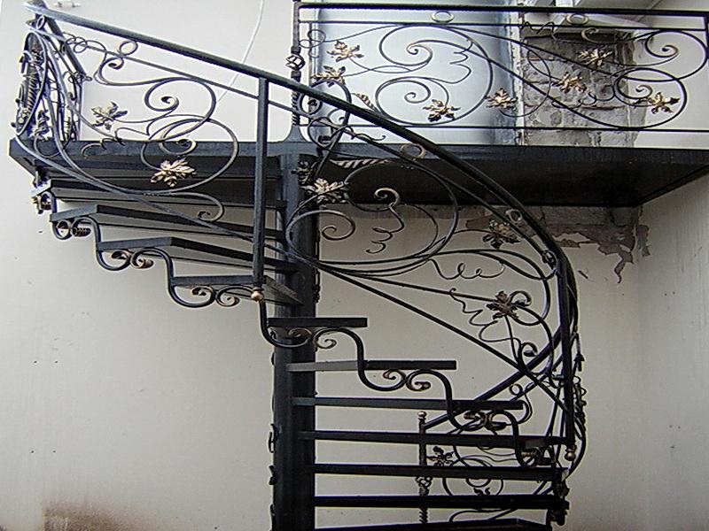 Кованые винтовые лестницы N 3-3513