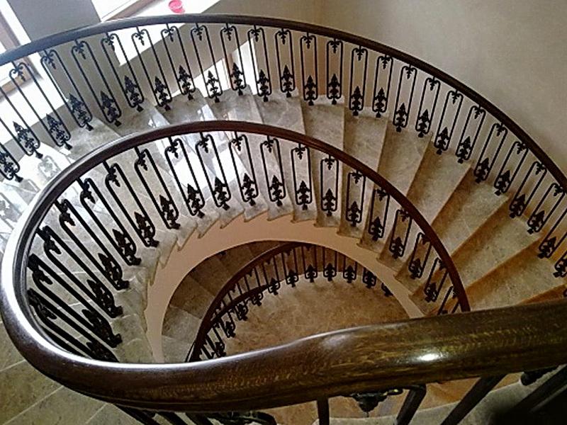 Кованые винтовые лестницы N 3-3518