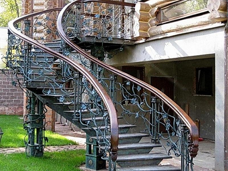 Кованые винтовые лестницы N 3-3520