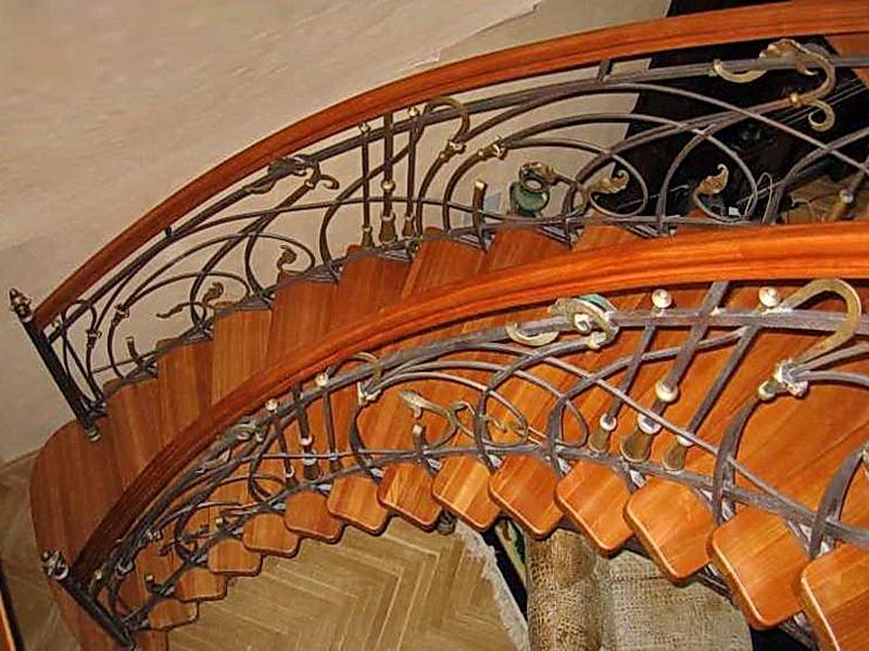 Кованые винтовые лестницы N 3-3530