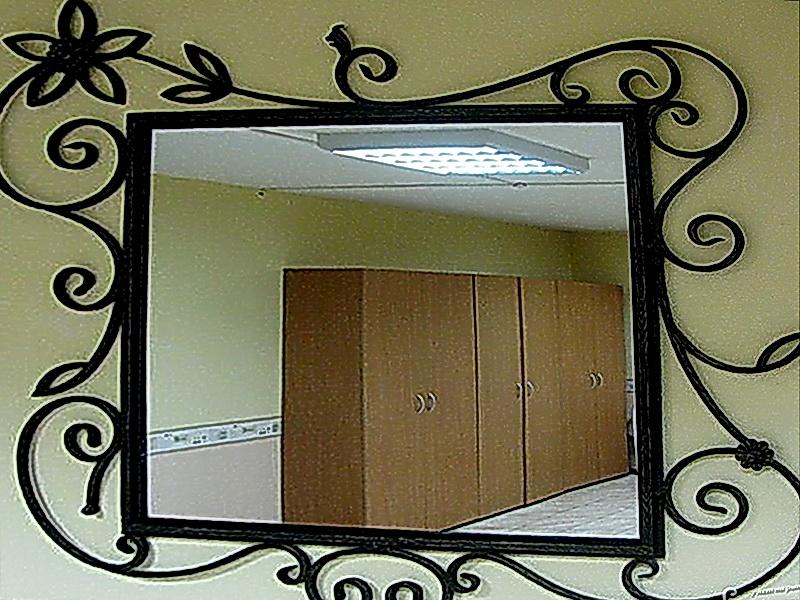 Кованое зеркало N 19025