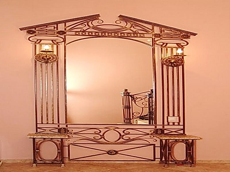 Кованое зеркало N 19036