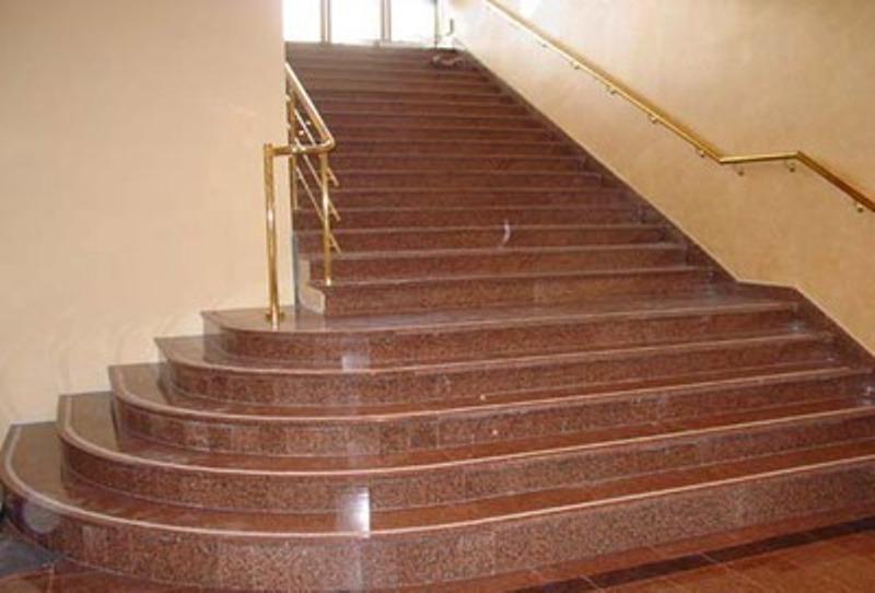 Лестница из гранита G 1017