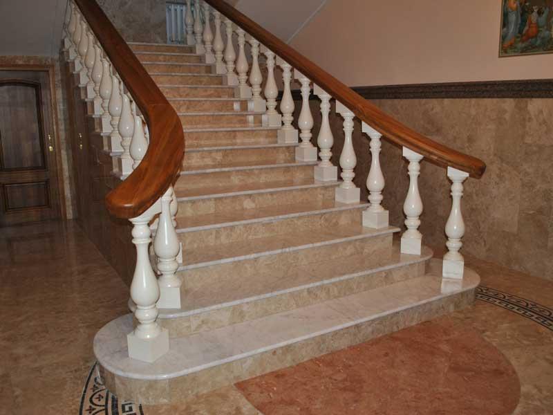 Лестница из мрамора M 1005