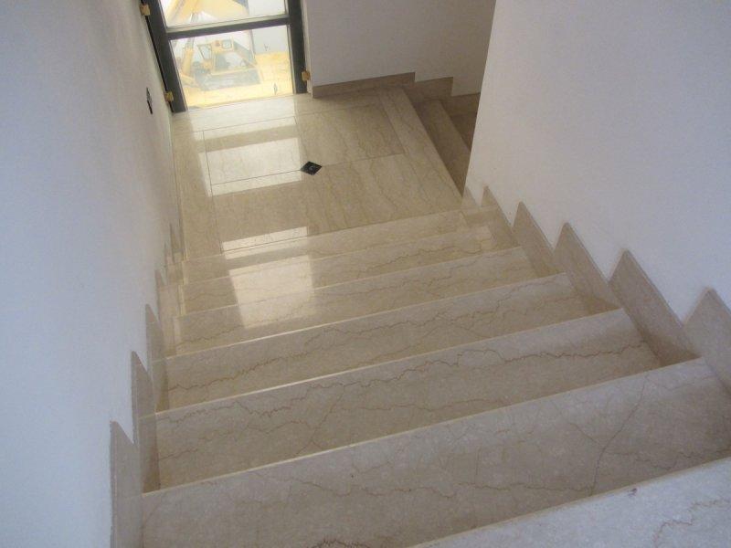 Лестница из мрамора M 1010