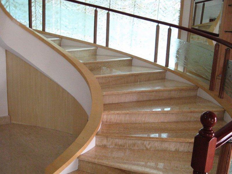 Лестница из мрамора M 1011