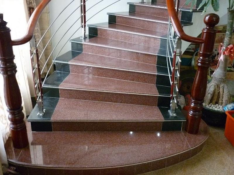 Лестница из мрамора M 1015