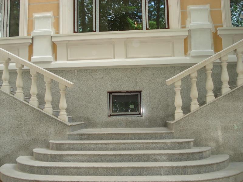 Лестница из мрамора M 1028