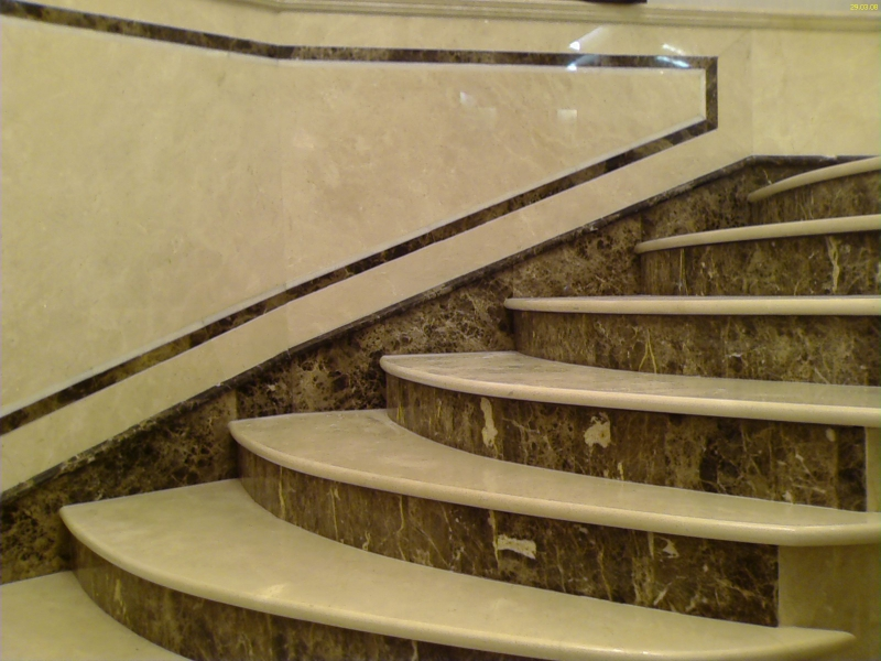 Лестница из мрамора M 1039