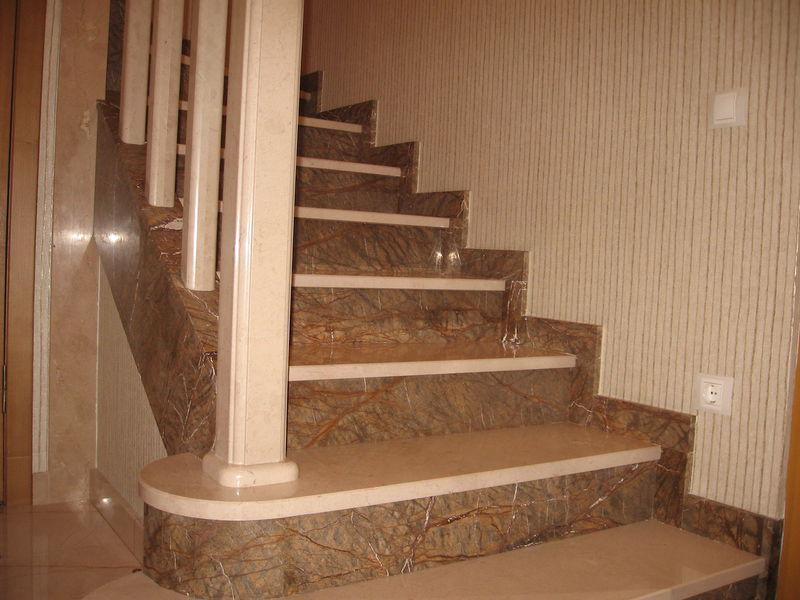 Лестница из мрамора M 1041