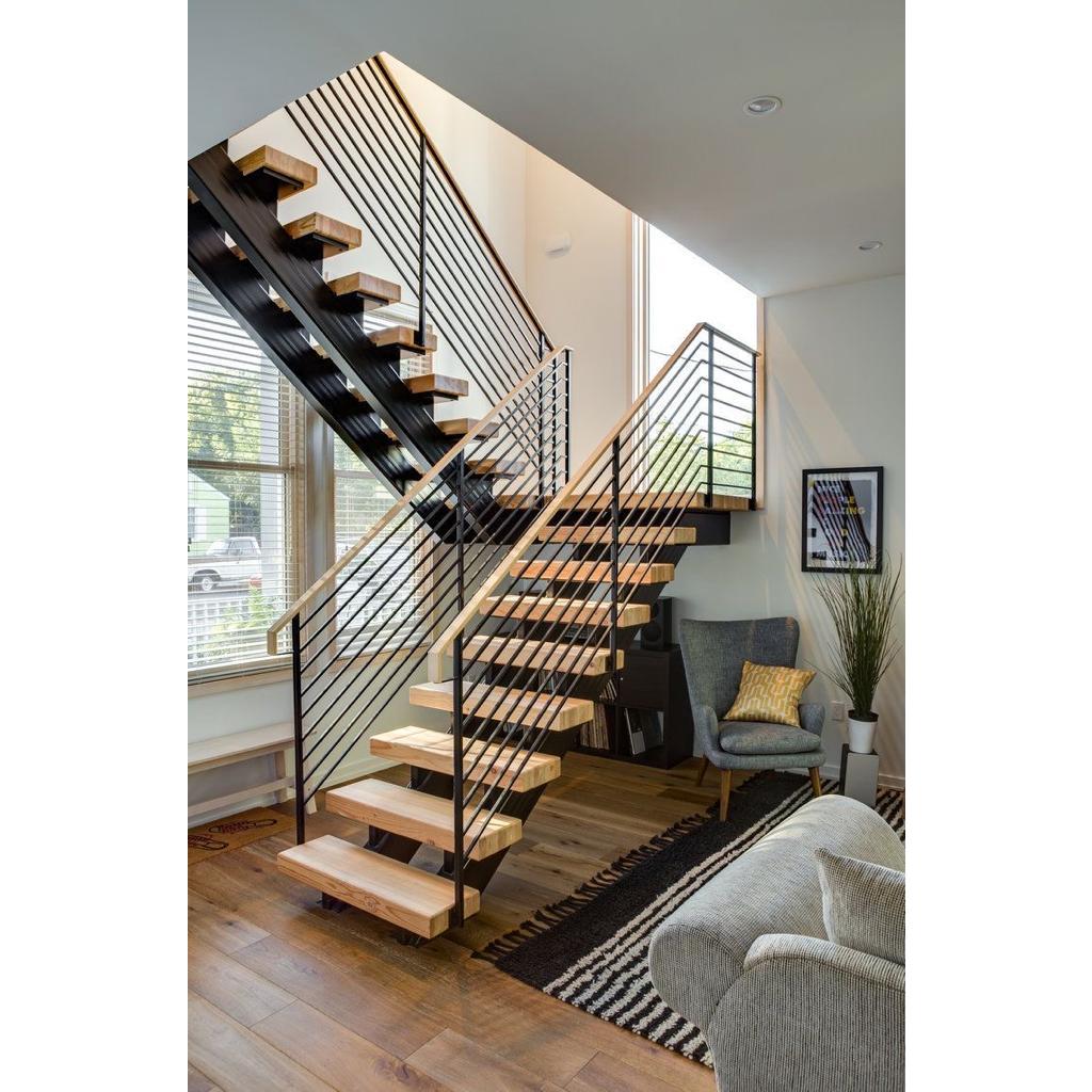 Лестница на металлическом каркасе N11